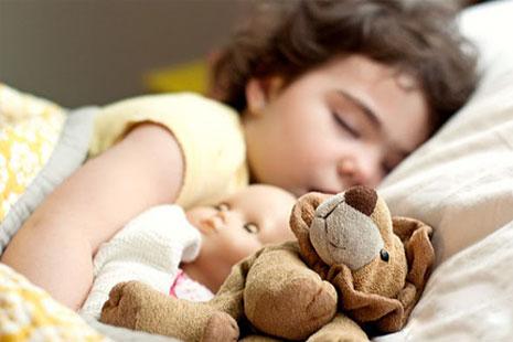 Детское недосыпание портит юношескую фигуру