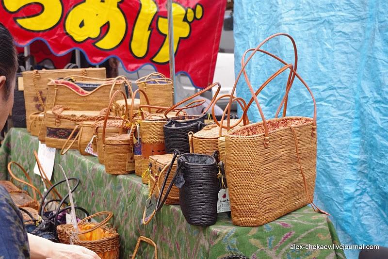 Блошиный рынок в Киото