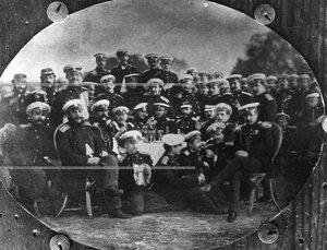 Группа офицеров полка.