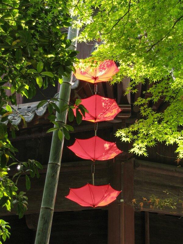 Зонтики, Пагода Шести гармоний, Люхэта, Ханчжоу