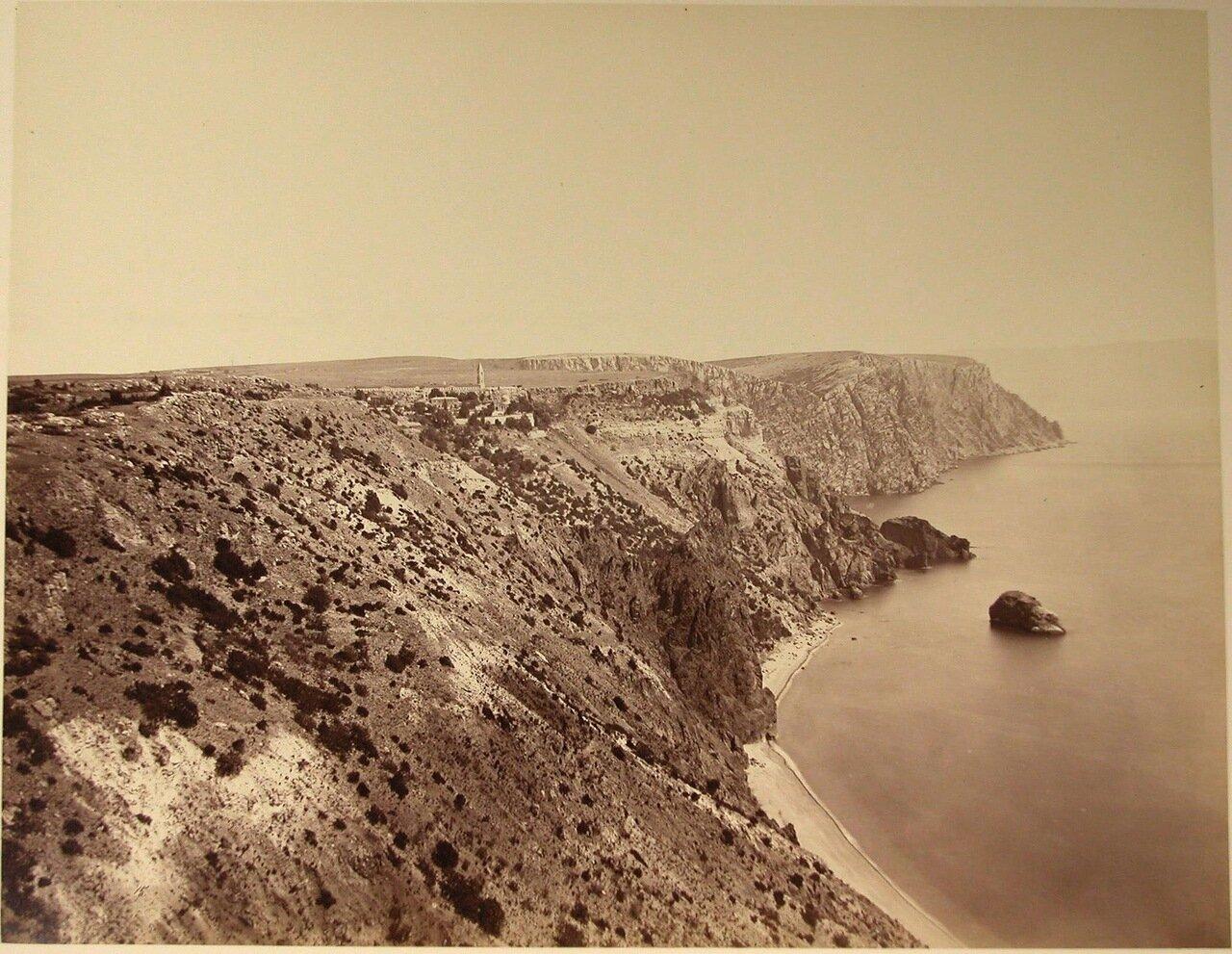 69. Балаклава. Скалы у моря около мыса Фиолент; на втором плане - Георгиевский мужской монастырь