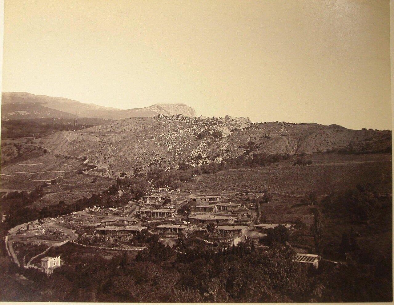 46. Вид жилых домов в ущелье вблизи деревни Кучук-Ламбат