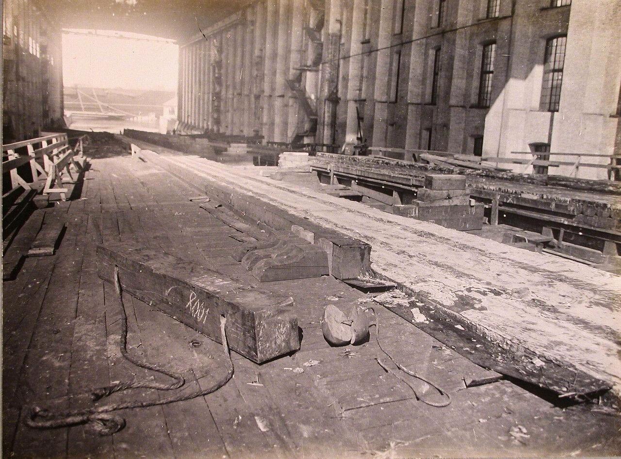 51. Вид спускового фундамента после спуска линейного корабля «Полтава». 28 июня 1911 г.