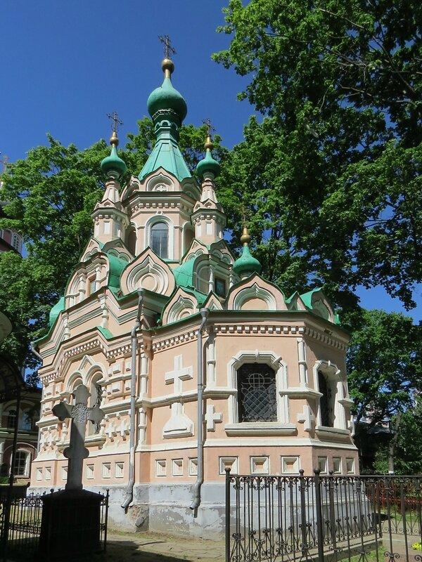 http://img-fotki.yandex.ru/get/9668/140132613.19b/0_182890_d34af972_XL.jpg