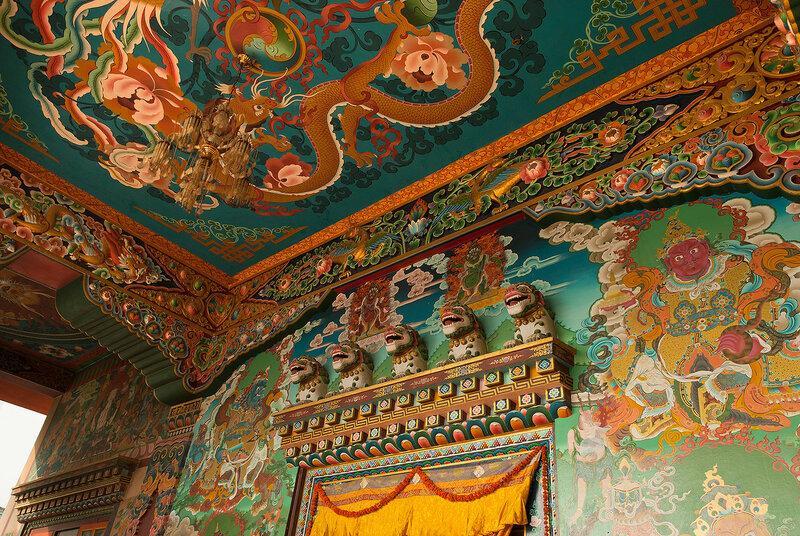 Роспись на стенах монастыря