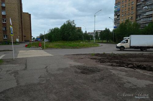 Фото города Инта №8013  Воркутинская 16, Мира 41, 42 и 38 02.07.2015_16:50