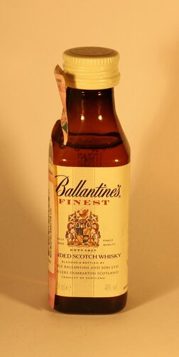 Виски Ballantines Finest Blended Scotch Whisky