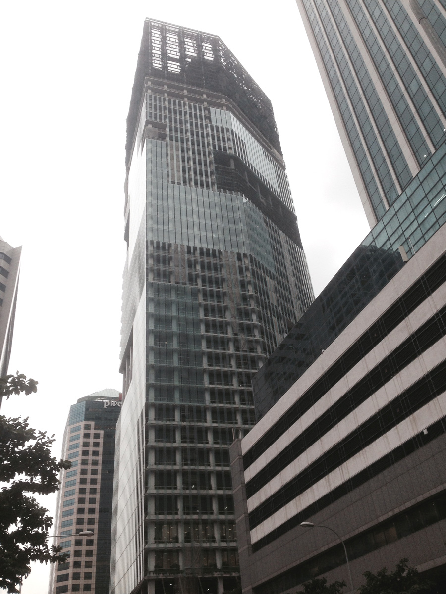 14 Фото: CX734 Стоимость : $1,400,000,000 Город : Сингапур Высота : 242 метра Этажи : 40 Строится :