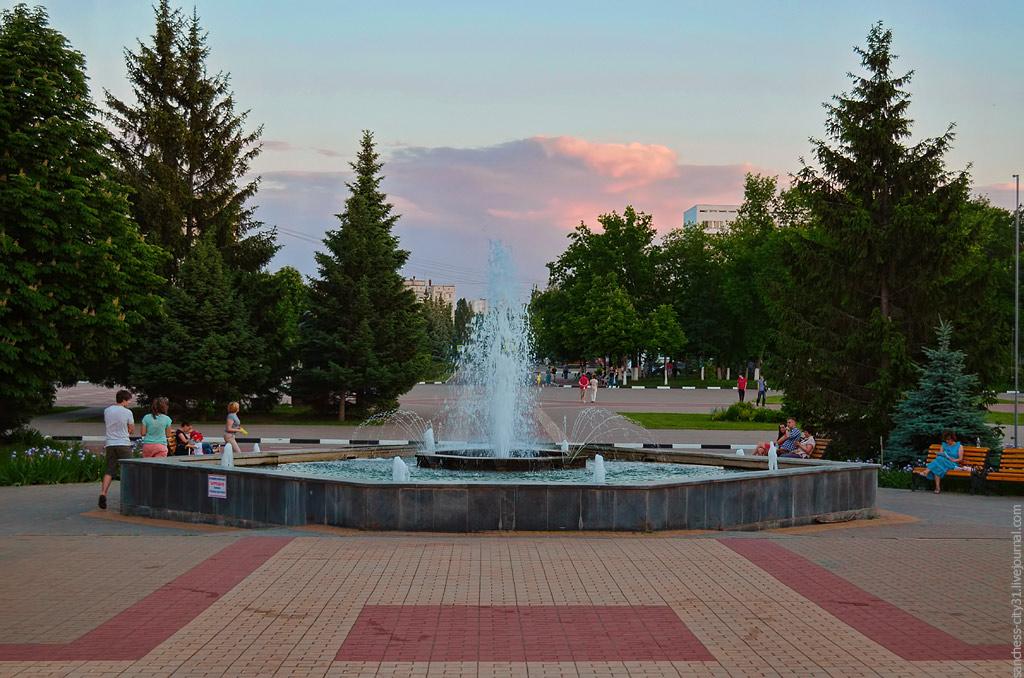 фонтан БГТУ им. Шухова, Белгород, фото Sanchess