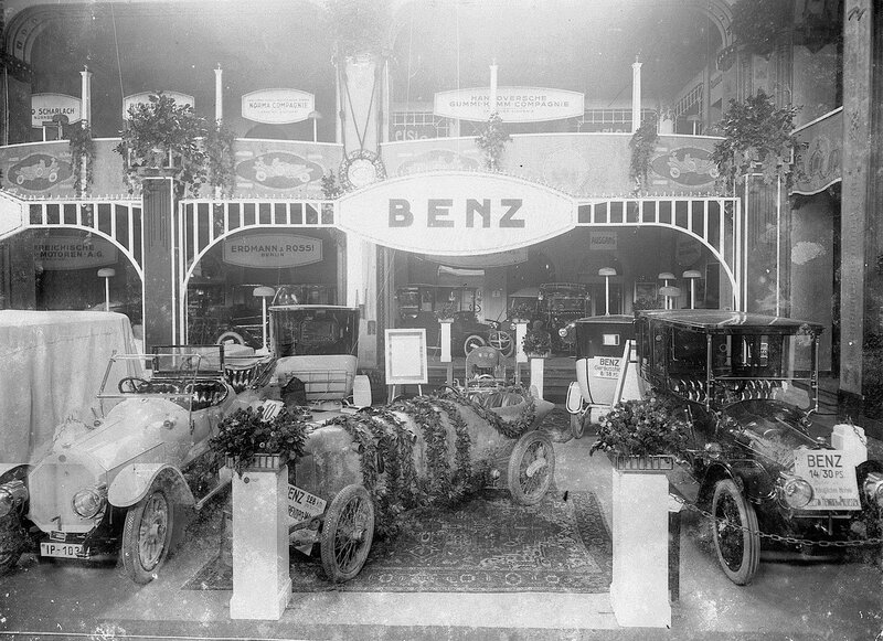 mercedes-benz-motorsport-history-in-new-tv-series-videophoto-gallery_12.jpg
