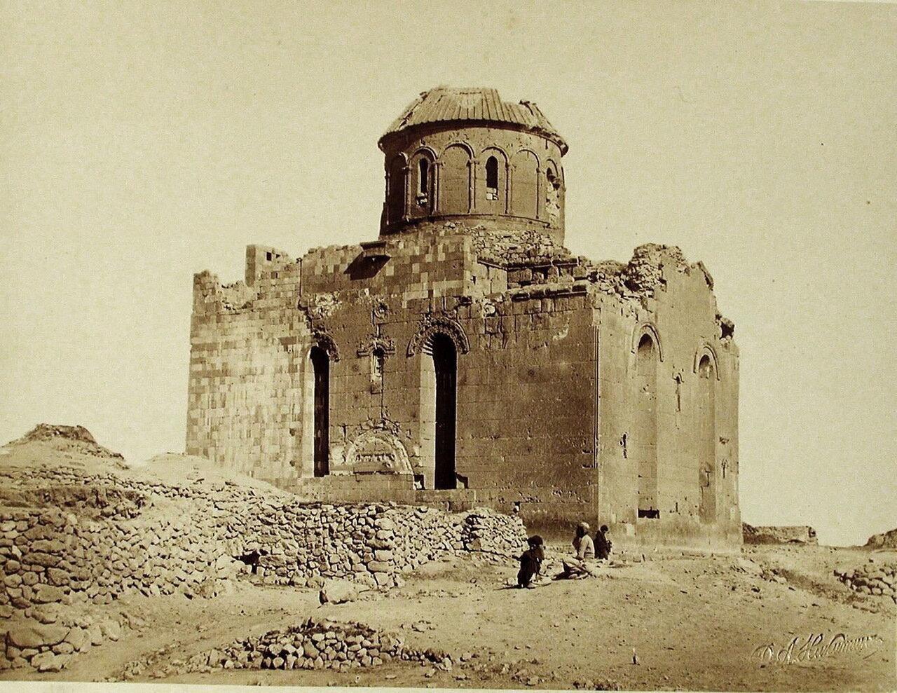 Вид разрушенной церкви