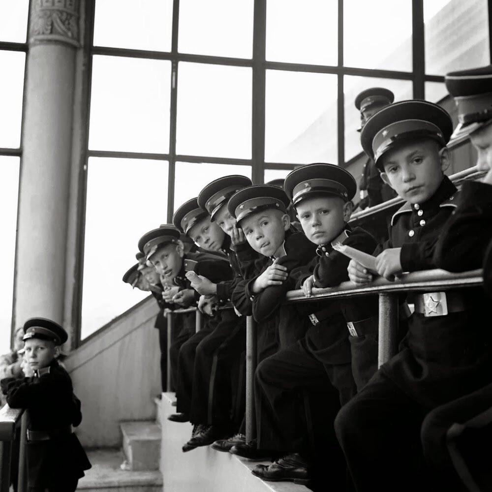 Москва. Юные кадеты