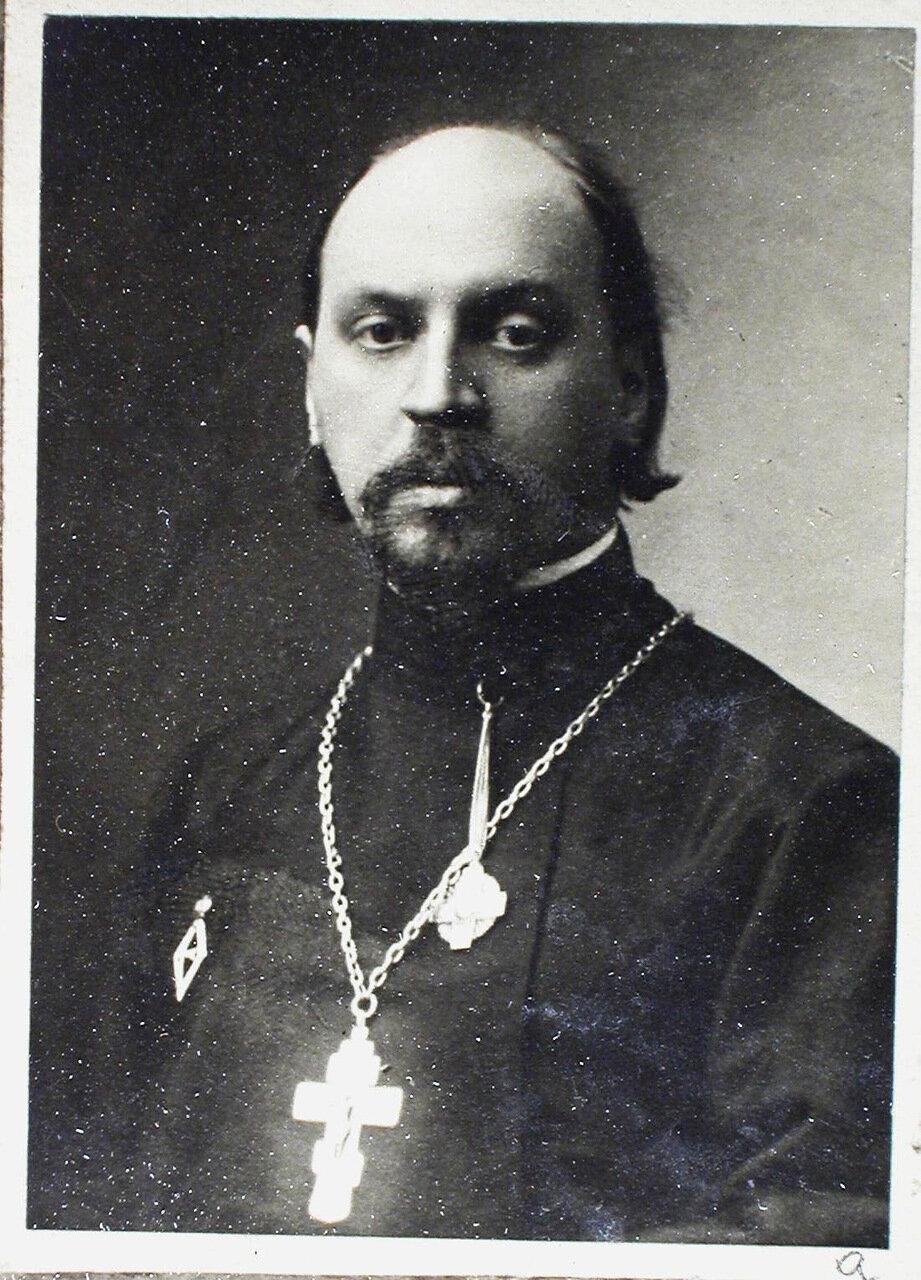 03. а. Протоиерей Павел Петрович Аникиев (19 июня 1878, Санкт-Петербург - 1 февраля 1932 г. в с. Усть-Вихореве Красноярского края)