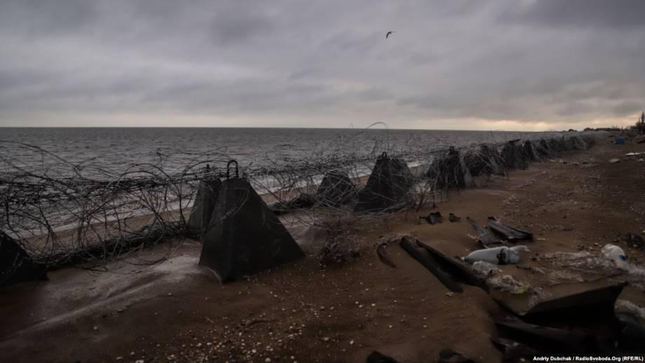Фоторепортаж с Широкіного поселок-призрак на берегу моря