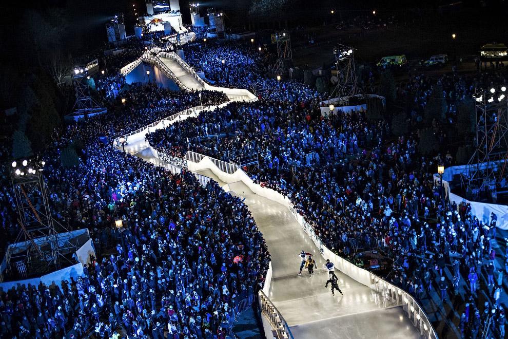 6. Экипировка спортсменов очень напоминает хоккейную. (Фото Joerg Mitter):