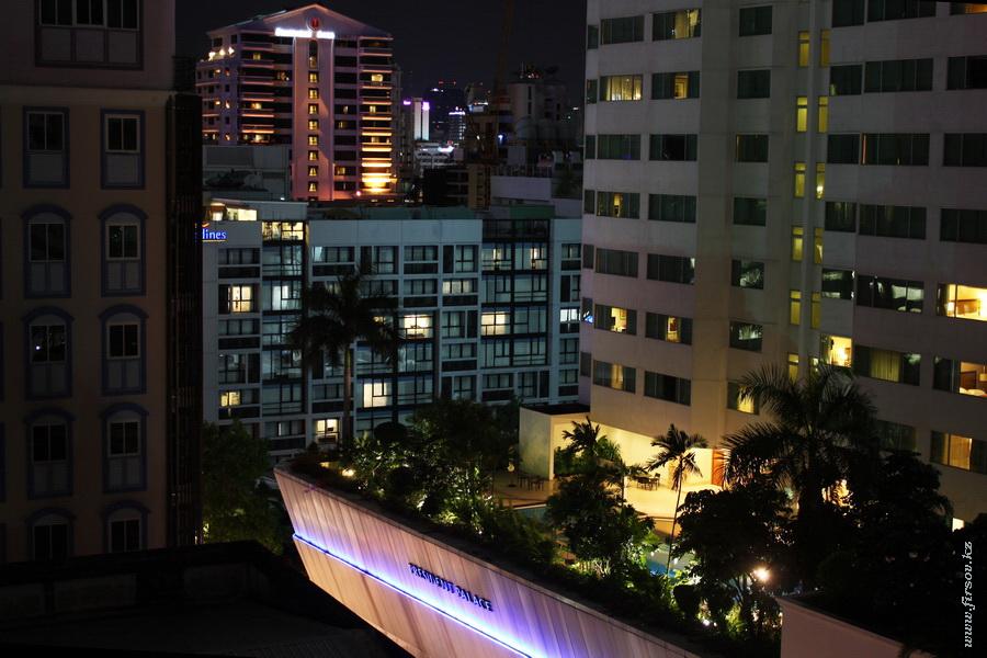 Bangkok_night17_zpsd85ce3f0.JPG