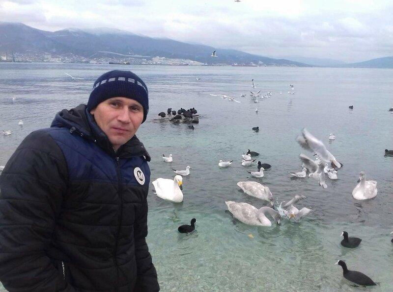 У зимней бухты моря Чёрного.jpg