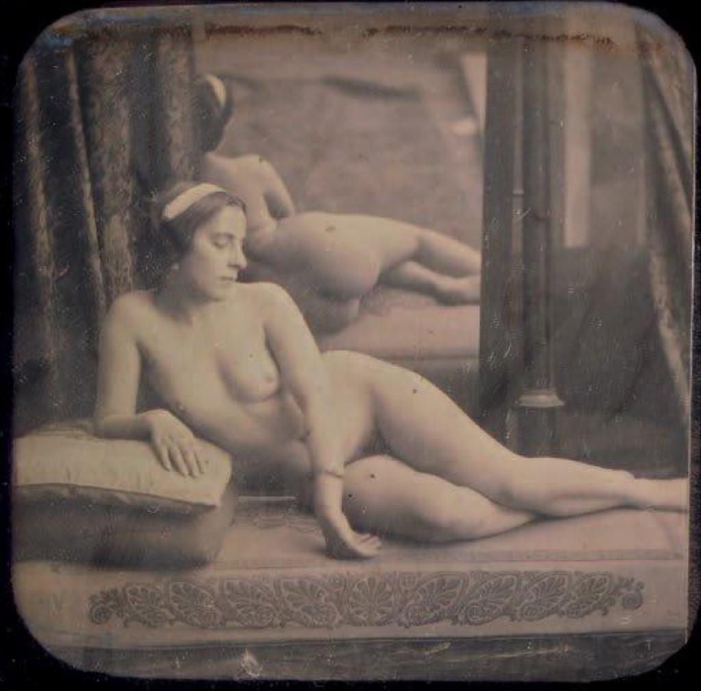 1851-1853. Обнаженная на диване