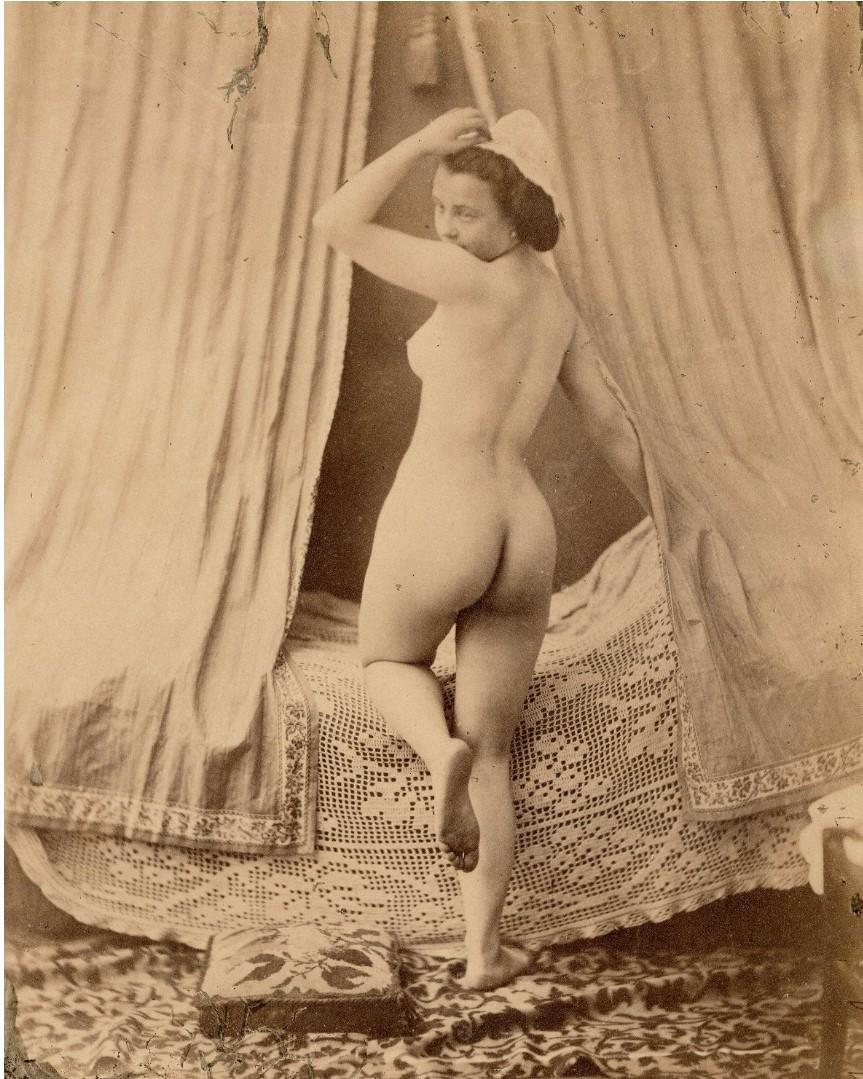 1853-1855. Обнаженная женщина перед кроватью