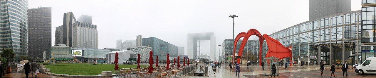 Осенний Париж. Туманный день в Ла-Дефанс