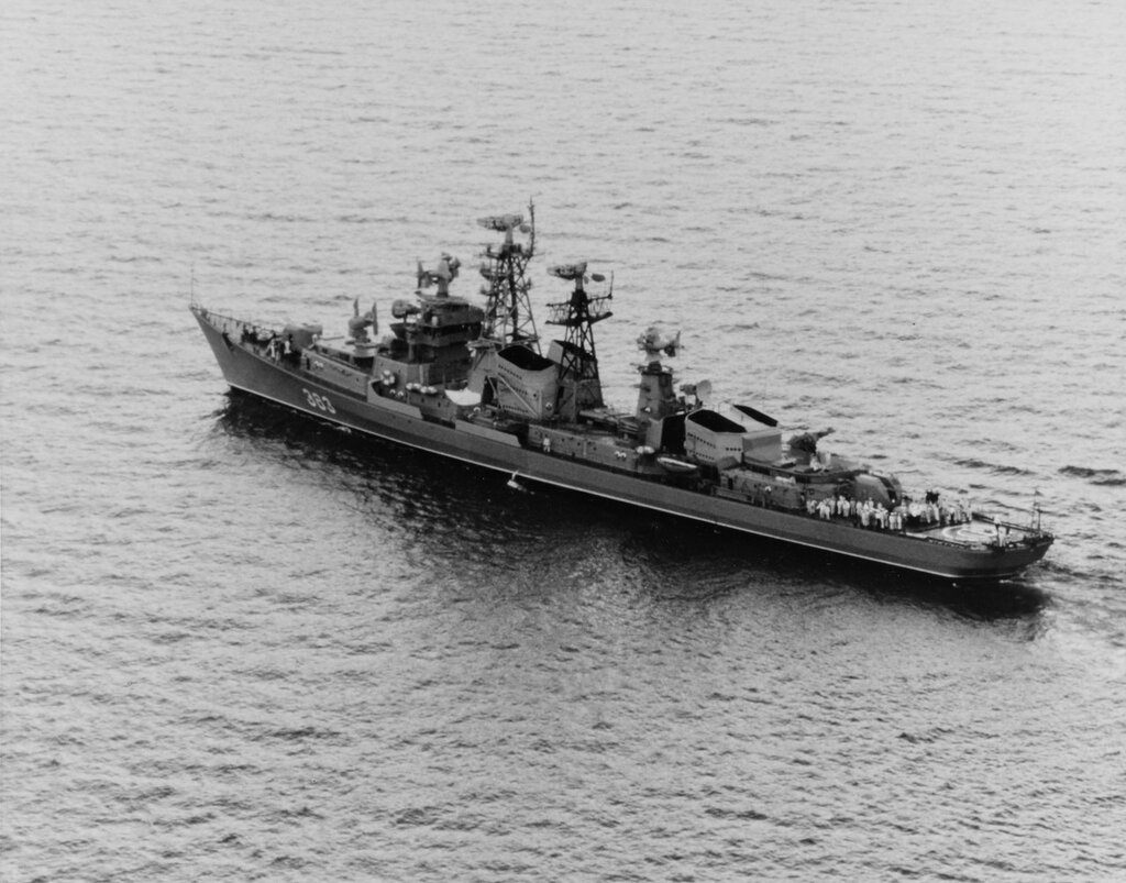 Soviet Kashin-Class Guided missile destroyer, pennant number 383, in the Mediterranean Sea, 5 June 1967.