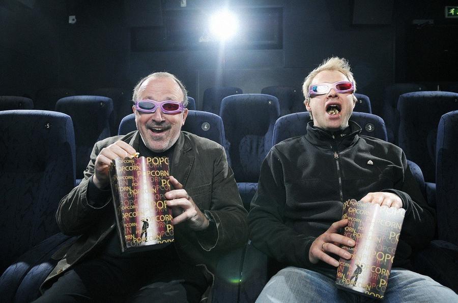 28. 10,7 миллиона индийцев отправятся вечером в кинотеатр.