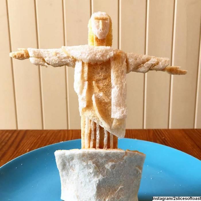 Необычные скульптуры из тостов