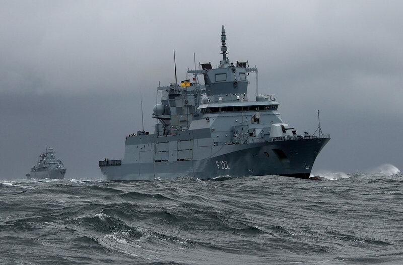 Formation Fregatten Klasse 125 und Klasse 123