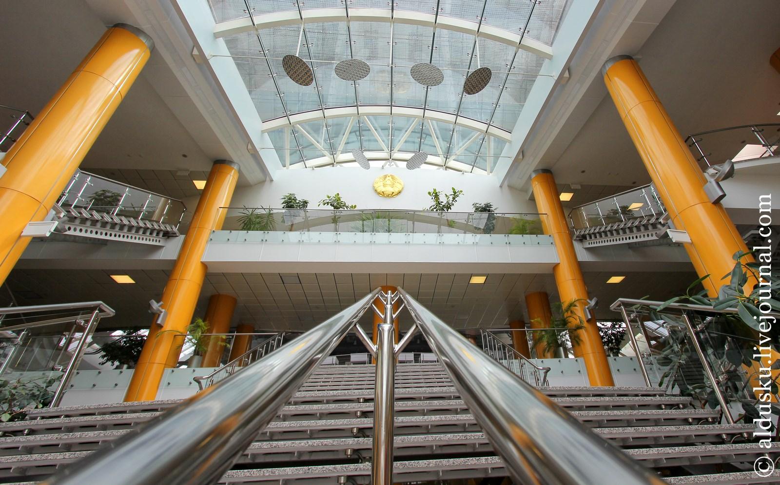 18. Вестибюль-атриум. Первый этаж