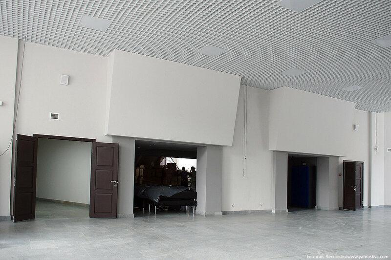 32. Театр Виктюка. фойе. 09.09.16.01..jpg