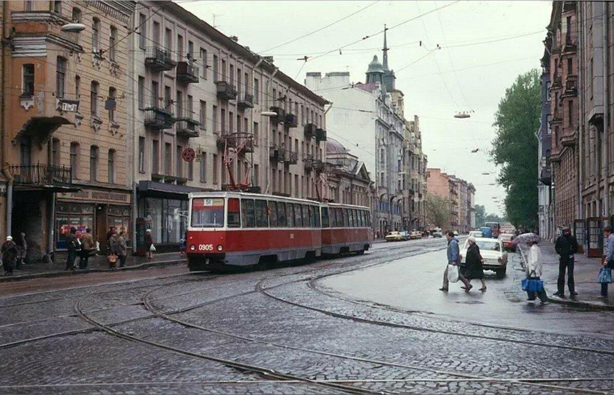 Угол улиц Куйбышева и Чапаева