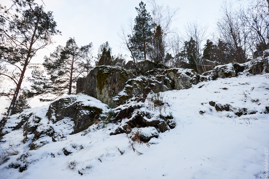 20-ти метровая скала возле п.Хийтола, alexbelykh.ru