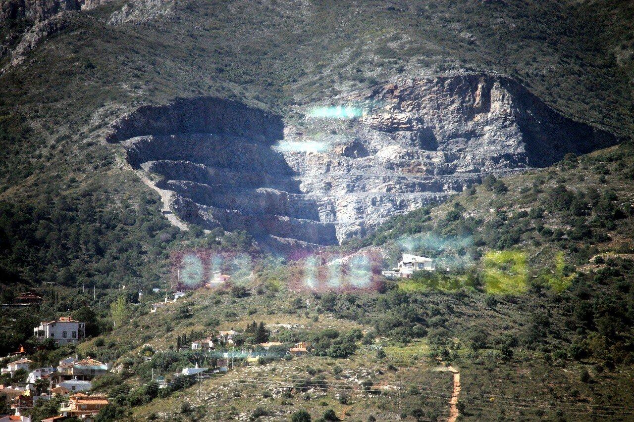 Sierra de Mijas. Dolomite quarry