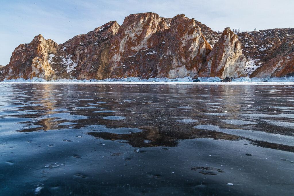 Байкал. Скалы мыса Саган-Хушун
