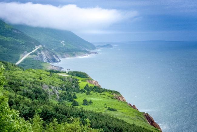 © depositphotos  Канадский остров ксеверо-востоку отполуострова Новая Шотландия, где много з