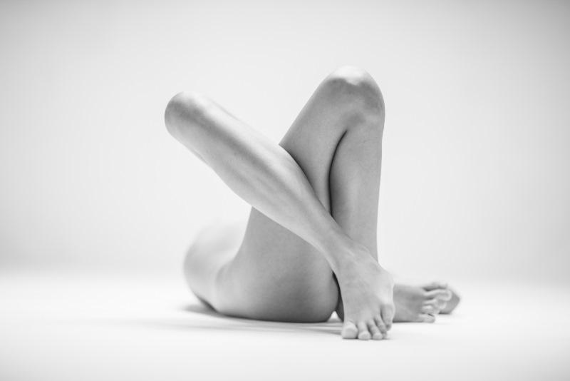 Фотохудожник убежден, что человеческое тело подобно скульптуре. Именно эти слова и стали девизом про
