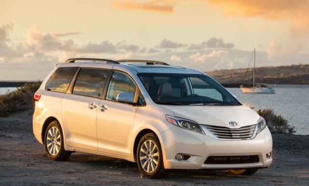 Тойота отзовет 838 тыс. минивэнов Sienna из-за сложностей сраздвижными дверьми