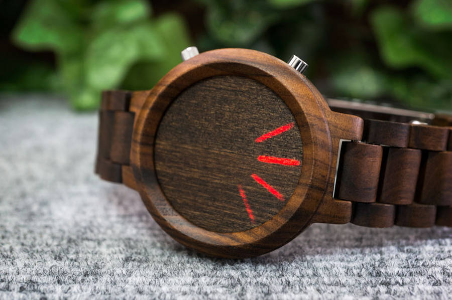 Wooden Smartwatches (8 pics)