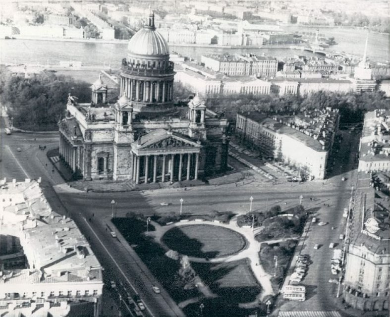 1972 Исаакиевский собор.jpg
