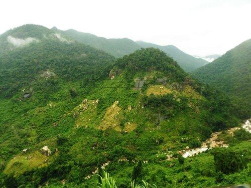 Горный серпантин. В Далат. Вьетнам - 2016. Фотографии Людмилы Осиповой 021.jpg