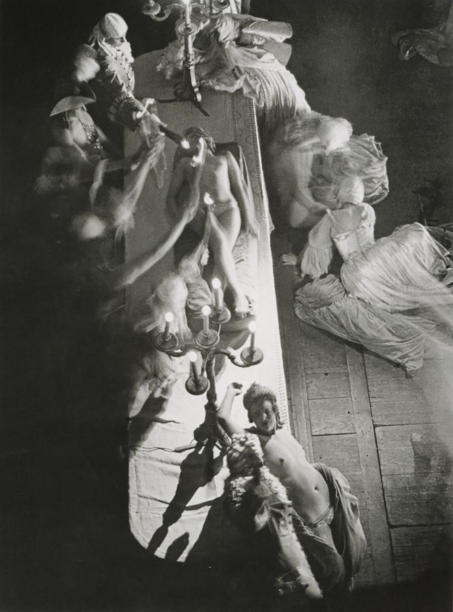 1932. «Фоли-Бержер». Оргия времен регентства