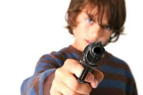Екатеренбургский школьник стрелял в одноклассниц