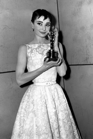 Audrey_Hepburn_dress_04.jpg