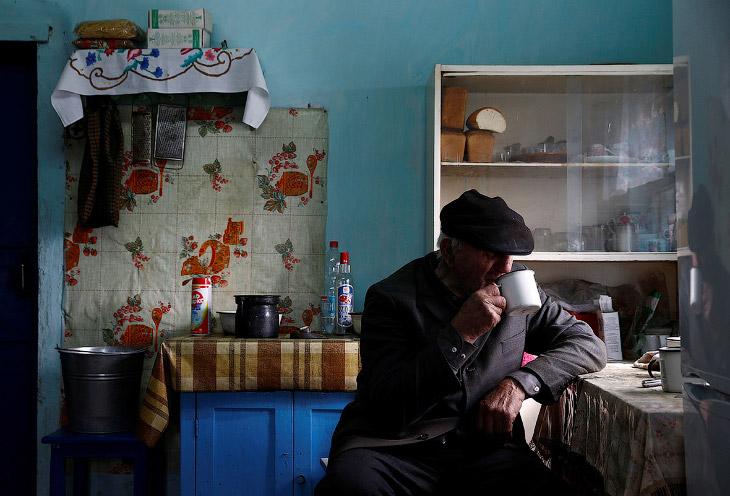 2. Он и его жена отклонили предложение о переезде после катастрофы 1986 года. Иван говорит, что он н