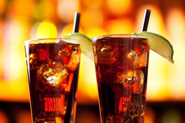 Чтобы узнать, как сделать напиток, нажмите сюда. Вам понадобится: 30мл водки 30мл лондонского сухо