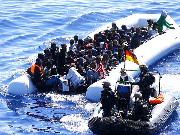 Пан ГиМун: ВСредиземном море каждый месяц тонут до450 мигрантов