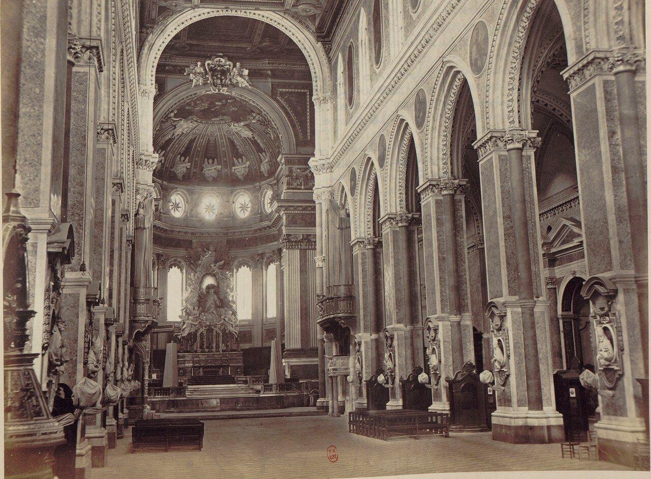 16. Собор Святого Януария (интерьер)