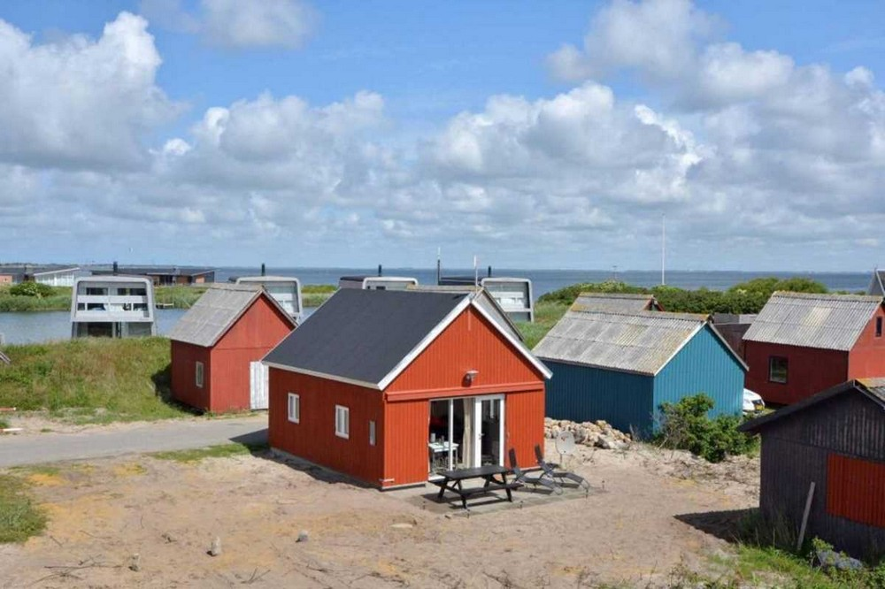 Уютный летний домик, переделанный из рыбацкого сарая