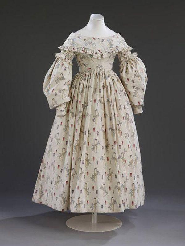7. 1841 г. Англия. Платье невесты простого сельского работника. Такие платья надевались на свадьбу в