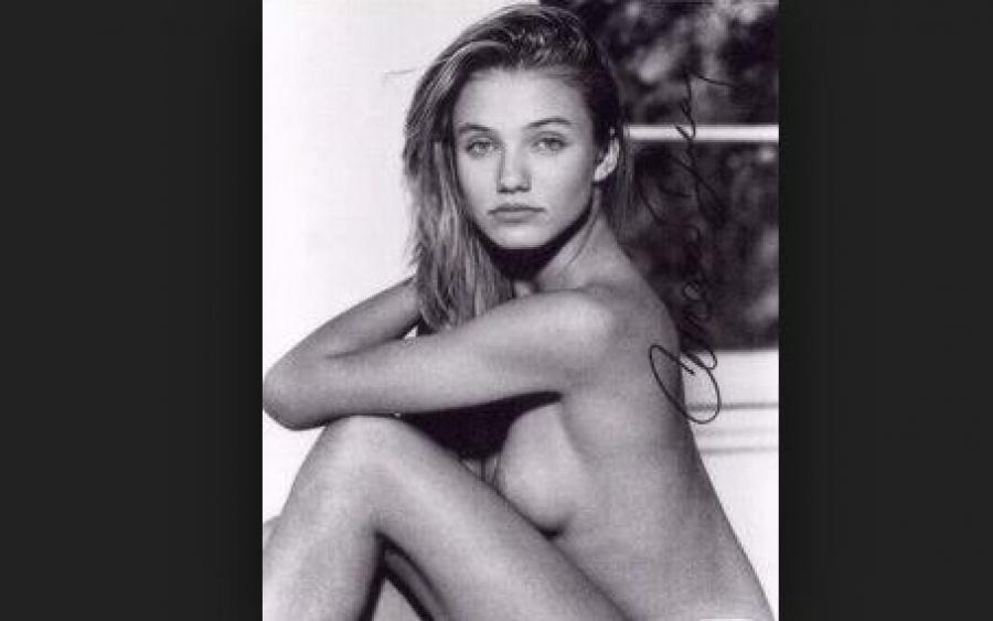 За плечами юной модели были и обнаженные снимки.